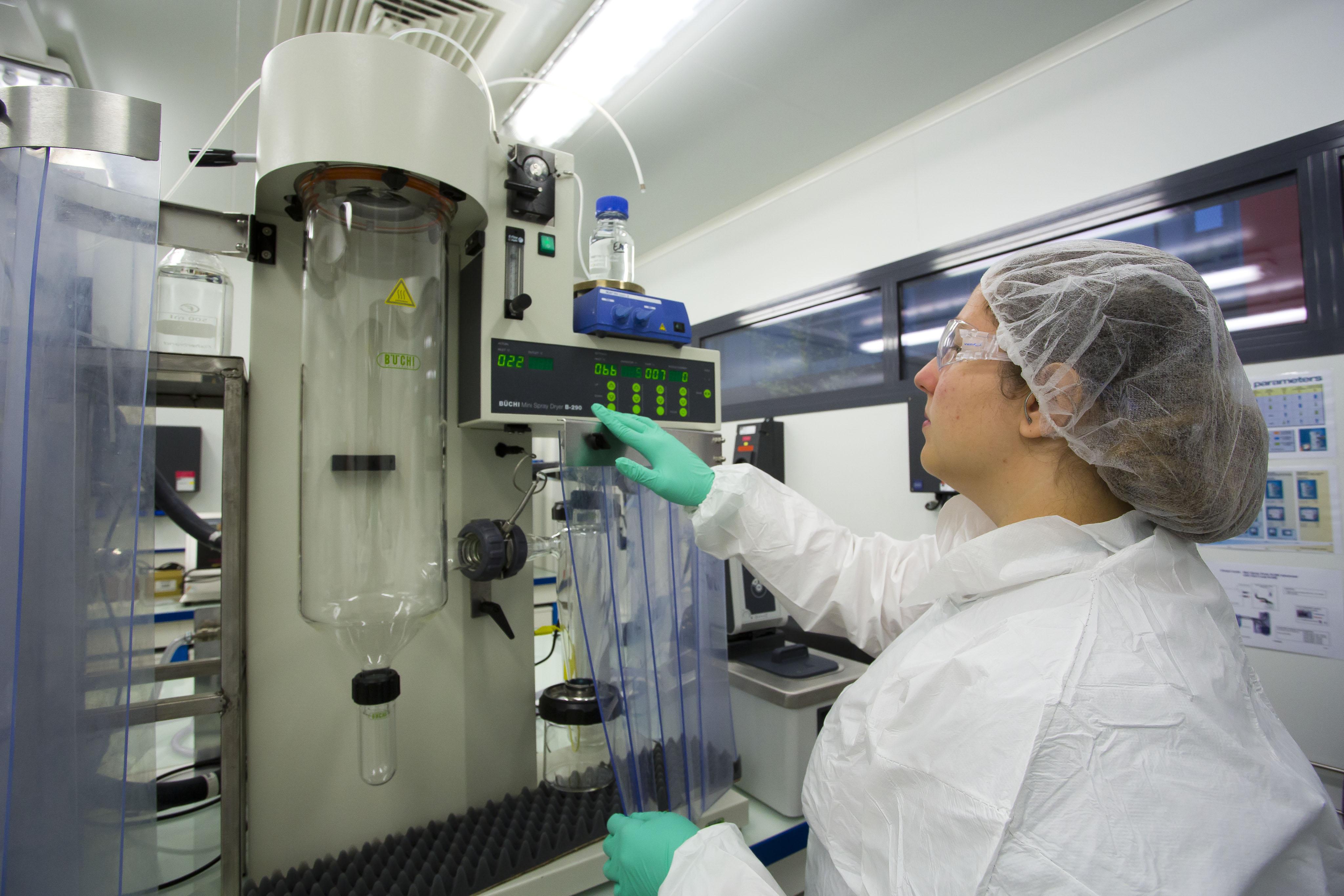Essai d'atomisation de deux solution organiques à l'aide d'u